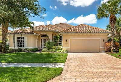 11926 Heather Woods Ct Naples FL 34120