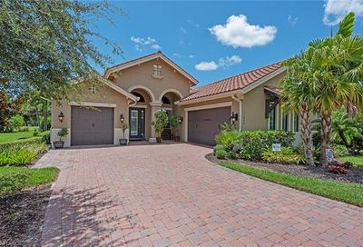 11990 Heather Woods Ct Naples FL 34120