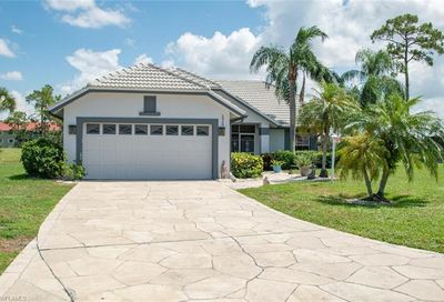 5855 Westbourgh Ct Naples FL 34112