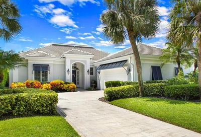 752 Ashburton Dr Naples FL 34110