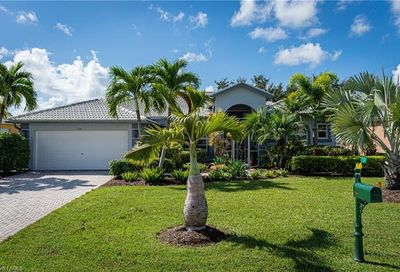968 Chesapeake Bay Ct Naples FL 34120