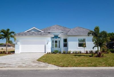 5 Willoughby Dr Naples FL 34110