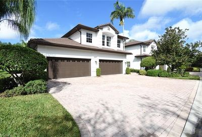 4465 Dover Ct Naples FL 34105