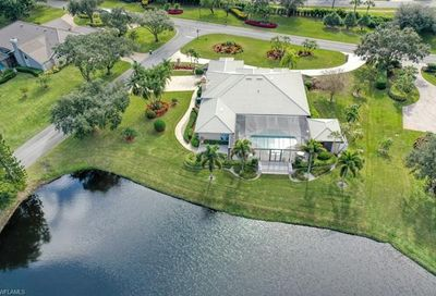 4723 Pond Apple Dr S Naples FL 34119