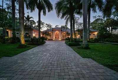 2752 Buckthorn Way Naples FL 34105