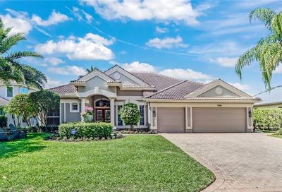 9965 Clear Lake Cir Naples FL 34109