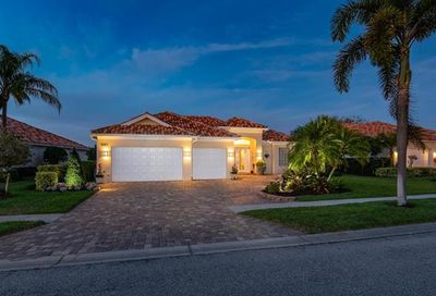 3321 Cerrito Ct Naples FL 34109