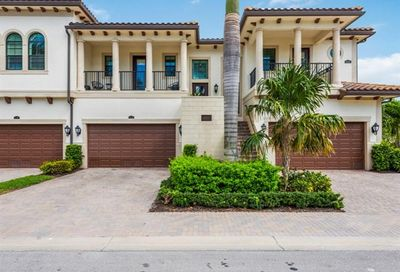 2496 Breakwater Way Naples FL 34112