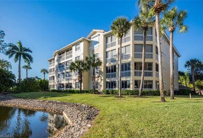 720 Waterford Dr Naples FL 34113
