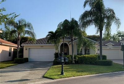14472 Sterling Oaks Dr Naples FL 34110