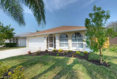 567 99th Ave N Naples FL 34108