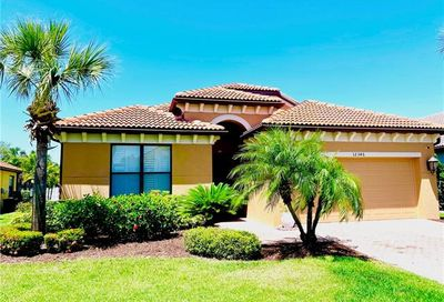 12346 Country Day Cir Fort Myers FL 33913