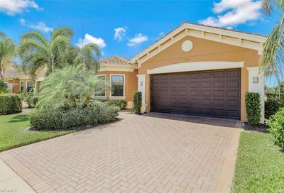 2797 Cinnamon Bay Cir Naples FL 34119