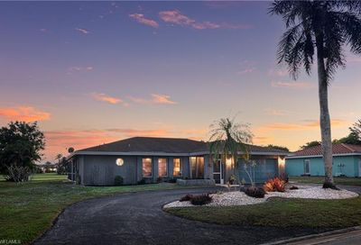 164 Pebble Beach Blvd Naples FL 34113