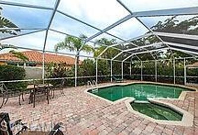 1522 Whispering Oaks Cir Naples FL 34110