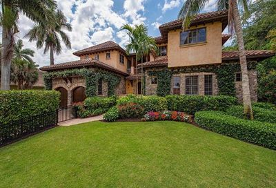 460 15th Ave S Naples FL 34102