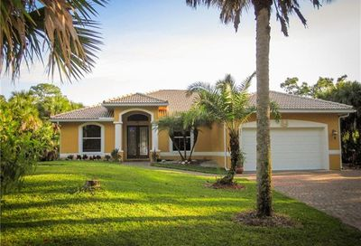 240 12th Ave NW Naples FL 34120