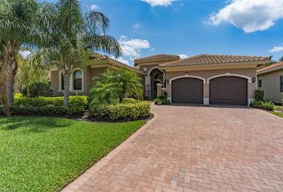 3348 Atlantic Cir Naples FL 34119