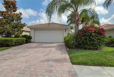 8643 Genova Ct Naples FL 34114
