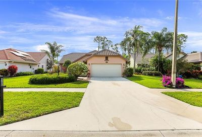 4206 Royal Wood Blvd Naples FL 34112