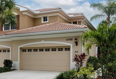 4790 Shinnecock Hills Ct Naples FL 34112