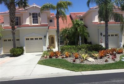 4670 Winged Foot Ct W Naples FL 34112