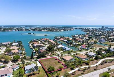 1550 Collingswood Ave Marco Island FL 34145