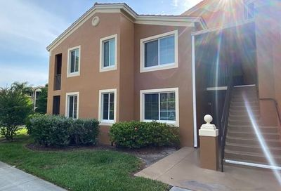 1210 Reserve Way Naples FL 34105