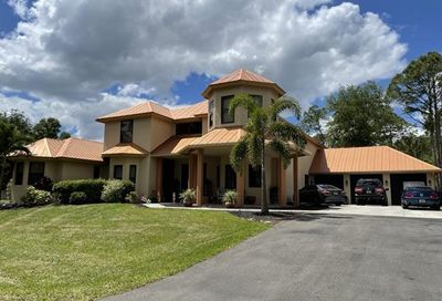 2791 2nd St NW Naples FL 34120