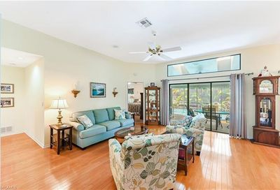 429 Countryside Dr Naples FL 34104