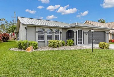 5862 Westbourgh Ct Naples FL 34112