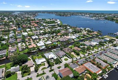 1500 Curlew Ave Naples FL 34102