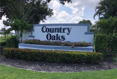 9911 Country Oaks Dr Fort Myers FL 33912