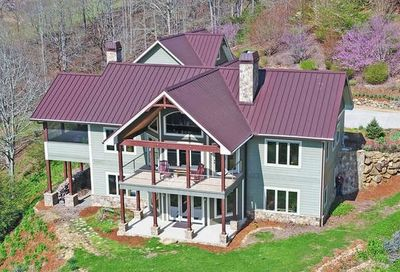 1102 Carter Cove Road Hayesville NC 28904