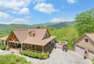 7119 Tantrough Road Hiawassee GA 30546