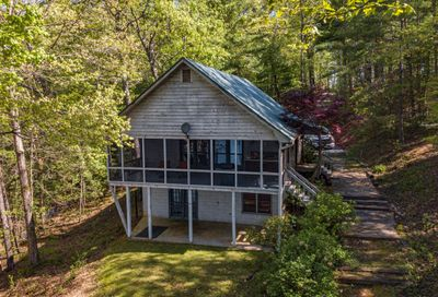 194 Rome Point Blue Ridge GA 30513