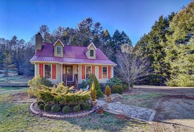 63 By The River Dr Suches GA 30572