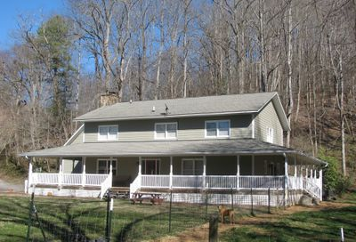 2689 Kelly Lane Hiawassee GA 30546