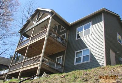 4533 Chatuge Heights Young Harris GA 30582