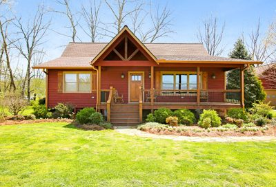356 Valley Hideaway Dr Hayesville NC 28904