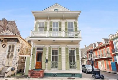 742 Barracks Street New Orleans LA 70116