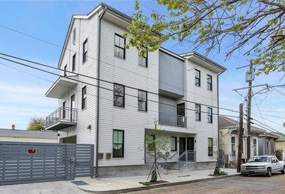 3431 Chartres Street New Orleans LA 70117
