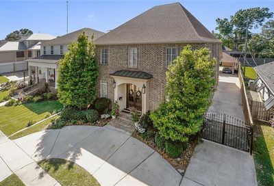 303 W Maple Ridge Drive Metairie LA 70001