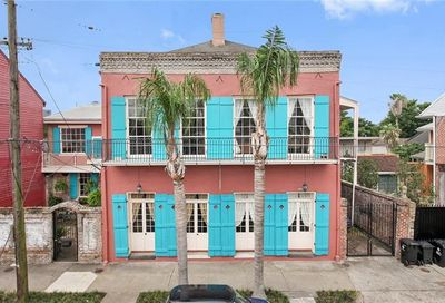 1208 Ursulines Avenue New Orleans LA 70116
