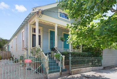 2222 Chartres Street New Orleans LA 70117