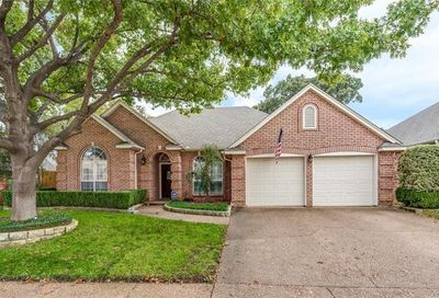 2716 River Forest Court Bedford TX 76021