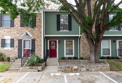 21 Abbey Road Euless TX 76039
