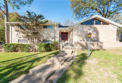 632 Caduceus Court Hurst TX 76053