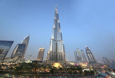 155 Burj Khalifa Dubai Outside of Texas-In US 06700