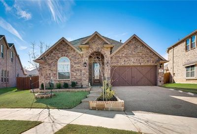 908 Dove Trail Euless TX 76039